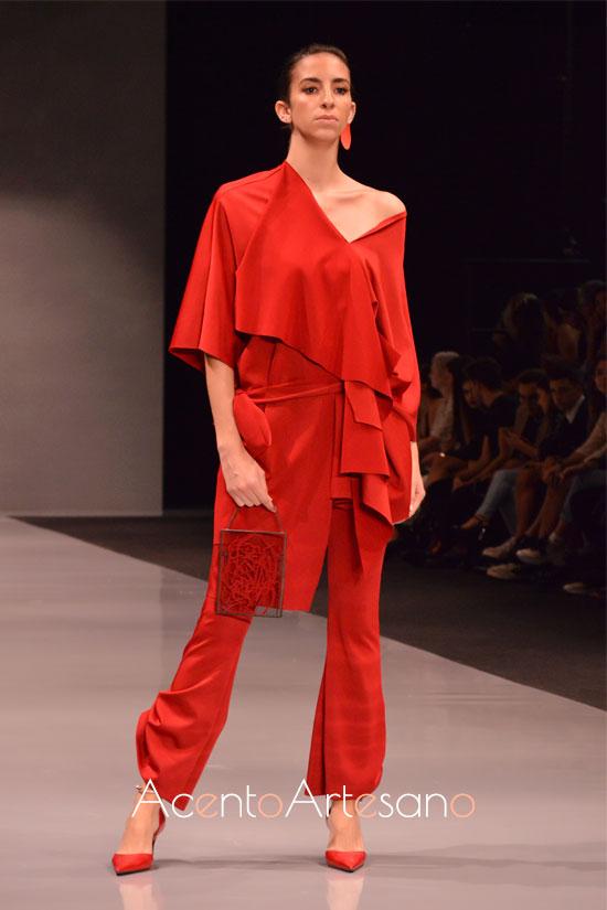 Dos piezas pantalón en rojo de Fátima Ropero