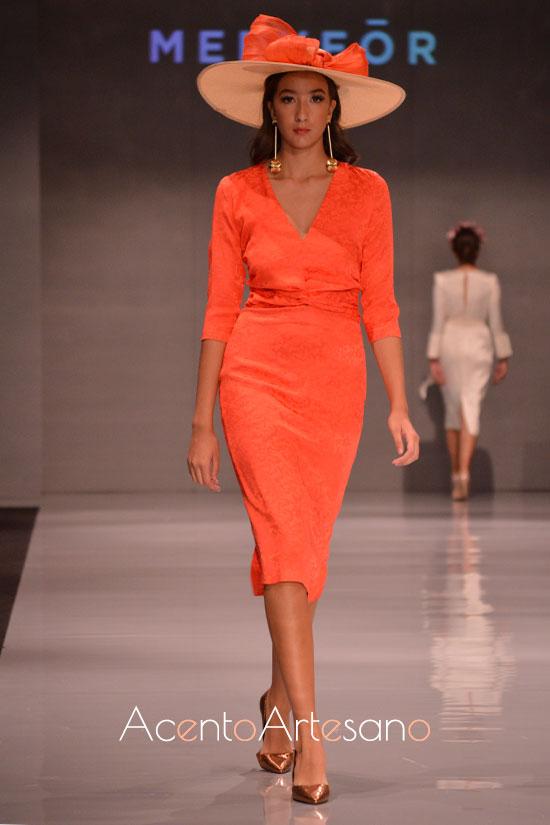 Vestido naranja para invitadas de boda de Meryfor en Code 41 Trending