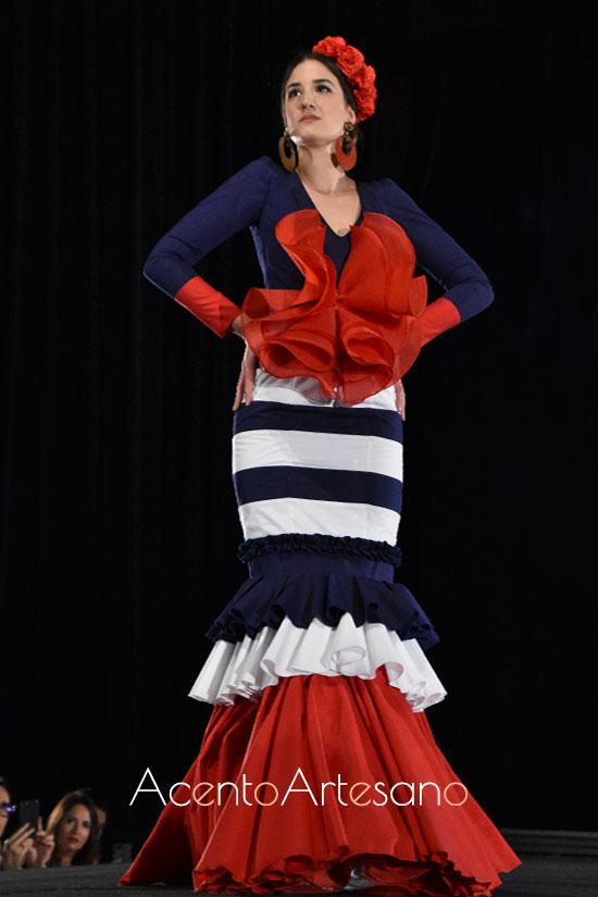 Traje de flamenca de estilo navy de Ana Espinosa
