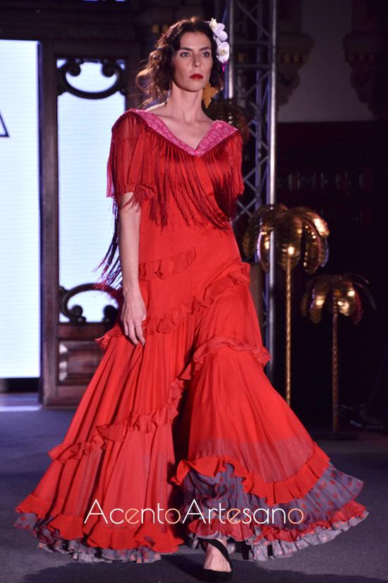 Traje de flamenca rojo de Ángela y Adela