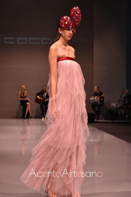Vestido largo en tul de seda rosa de Cocoa en Code 41 Trending
