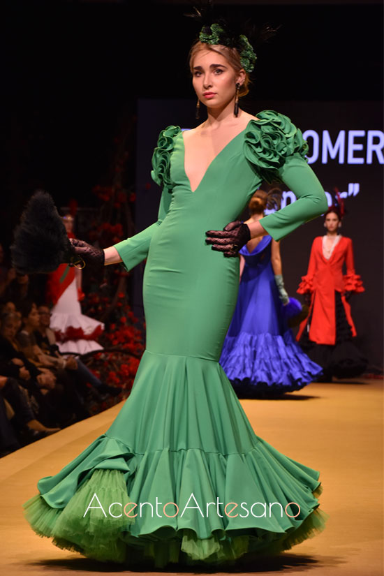 Traje de flamenca verde de Rocío Romero en la Pasarela Flamenca Jerez Tío Pepe 2020