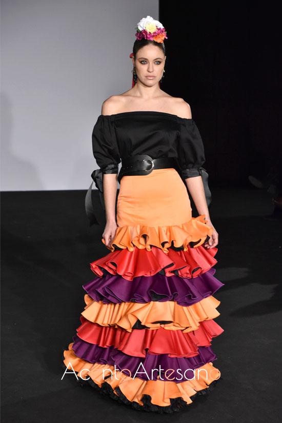 Traje de flamenca palabra de honor de dos piezas de Ani Roldán