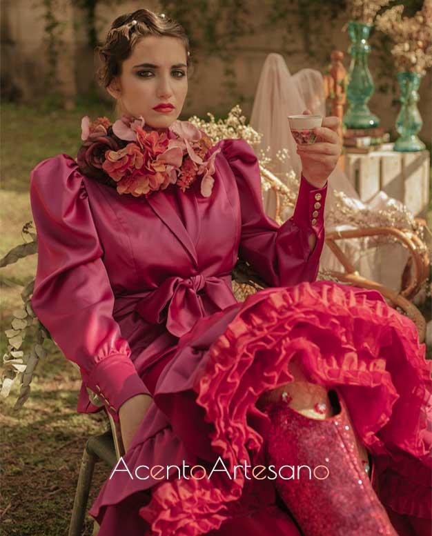 Chaqueta en buganvilla para traje de flamenca de Aurora Ruíz