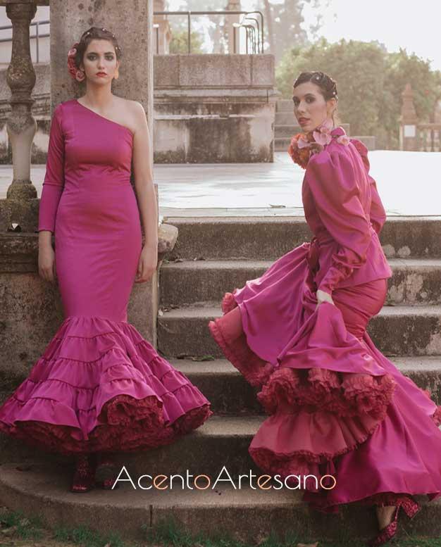 Trajes de flamenca buganvilla de Aurora Ruíz