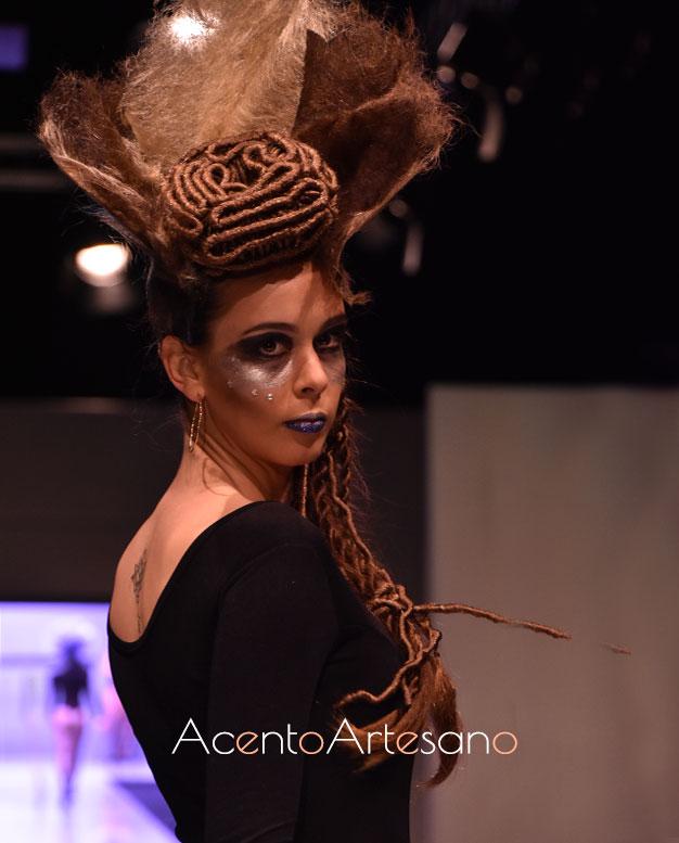 Peinado y maquillaje en desfiles de Expo Belleza 2020