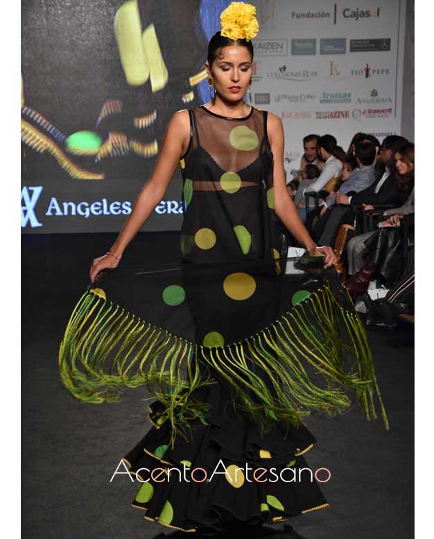 Camisa flamenca de lunares y falda de volantes de Ágneles Verano