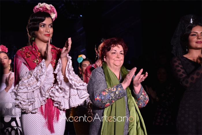 Carmen Acedo tras el carrusel de su desfile en We Love Flamenco 2020