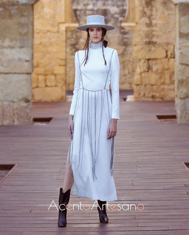 Vestido blanco en seda de Juana Martín