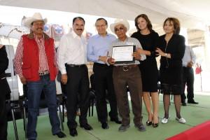 INAUGURAN-REENCARPETADO-DE-LA-CARRETERA-BENITO-JUÁREZ--TABERNILLAS-1