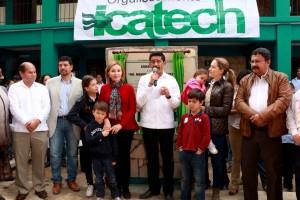 Inaugura-presidenta-del-DIF-y-Enoc-Hernandez-Unidad-de-ICATECH-1