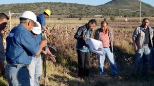 Mario-García-Montesinos--da-banderazo-de-inicio-a-obra-de-electrificación-en-Chachoapam-2