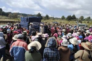 MILES-DE-BENEFICIADOS-CON-APOYOS-INVERNALES-EN-ALMOLOYA-DE-JUAREZ-1