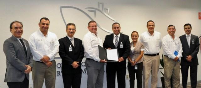 Sesionan-Directivos-del-Tec-de-Monterrey-en-instalaciones-Portuarias