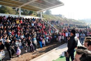 En-Almoloya-de-Juárez-el-alcalde-Vicente-Estrada-entrega-unidad-deportiva-en-Yebucivi-2