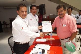 CONAPE fomenta la unión del gremio periodístico en Tabasco (105)