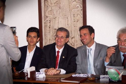 Rafael Loret de Mola celebra 50 años en el ejercicio periodístico (1)