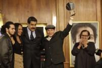 Enrique Hernández, Premio Nacional en Fotoperiodismo, por su especial fotográfico Chávez Inédito, publicado en la revista Épale