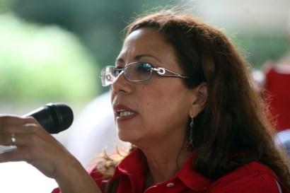 Tania Díaz, recordó que la reforma también apunta a eliminar el carácter de interés público de las telecomunicaciones