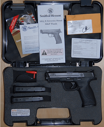 Smith & Wesson M&P .40 new in case