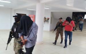 Salen de la dirección policial rumbo a Asunción