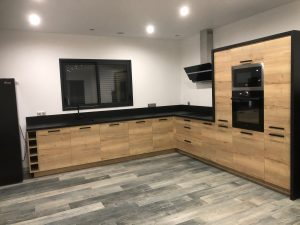 cuisines sur mesure Lure Roye Belfort comtemporaine moderne bois noir