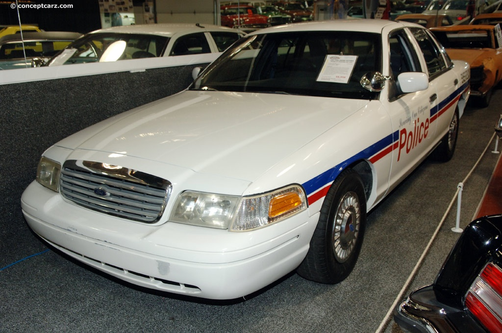 Crown Vic Car Wallpaper 1996 Ford Crown Victoria History Pictures Value Auction