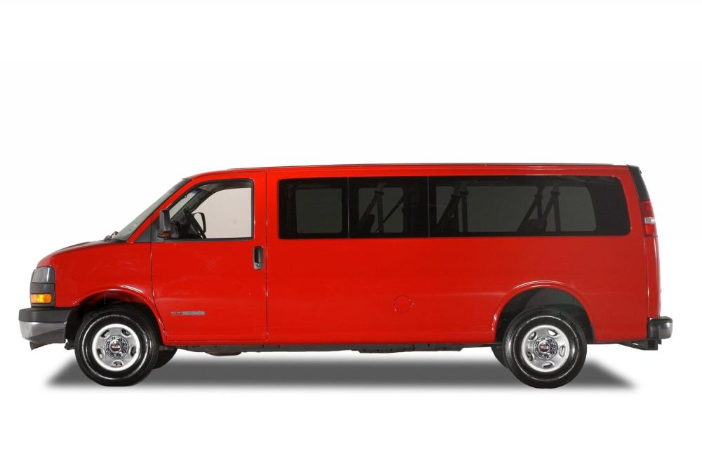 medium resolution of 2005 gmc savana history pictures value auction sales research and news