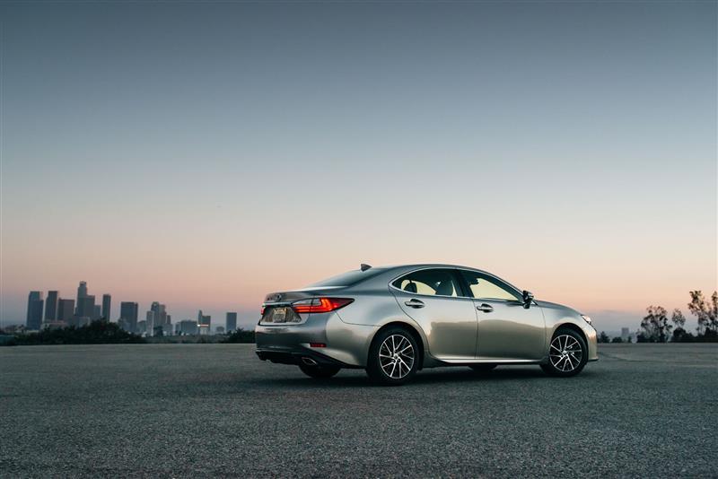 2018 Lexus Es News And Information Conceptcarzcom