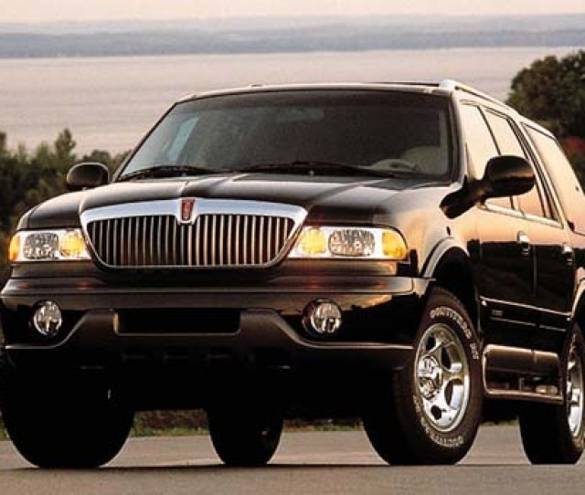 1999 Lincoln Navigator History Pictures Value Auction Sales Research And News