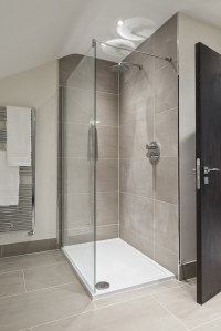 Beautiful showers to rejuvenate the body and relax the ...
