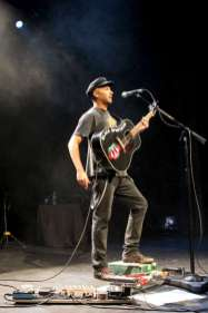 tom-morello-7d-4195-900