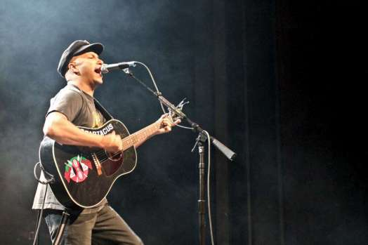tom-morello-7d-4211-900