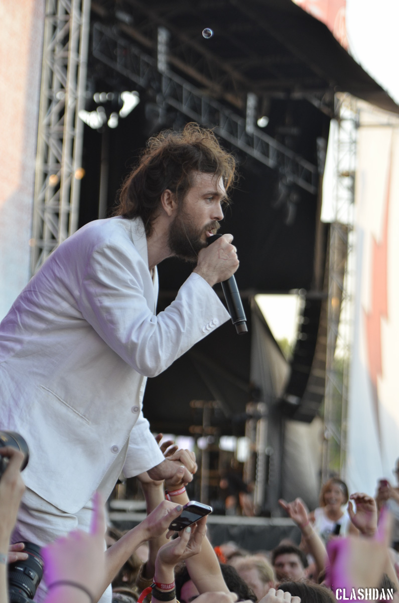 14-Edward Sharpe and the Magnetic Zeros_2014-05-11-10