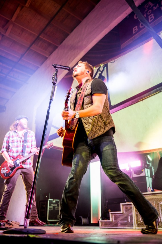Eli Young Band on stage @Cainsballroom by Braden jarvis