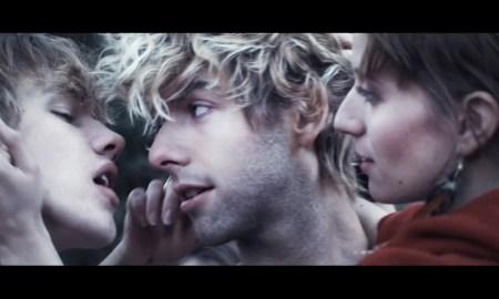 """Baby Alpaca – """"Roller Coaster"""""""