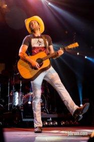 Dean Brody @ Scotiabank Saddledome © J. Dirom