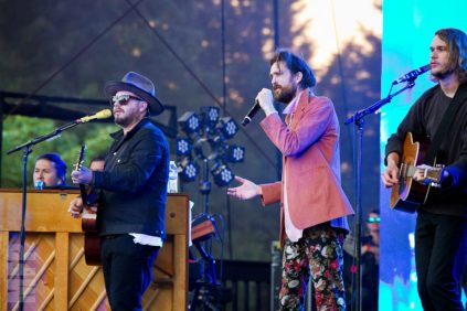 Edward Sharpe & The Magnetic Zeros at Marymoor Park © Michael Ford