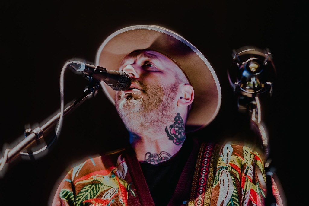 Canadian musician City and Colour performing at Rogers Place in Edmonton, AB on November 13th, 2019 © Kristin Breitkreutz