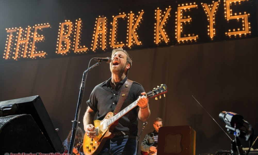 American musician Dan Auerbach of rock band The Black Keys performing at Rogers Arena in Vancouver, BC on November 24th 2019 © Jamie Taylor