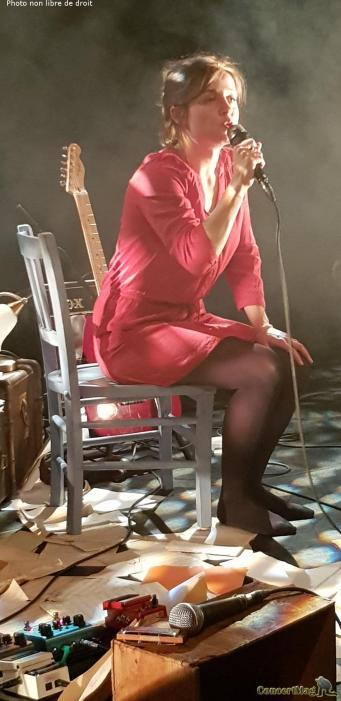 leila9 - Leïla Huissoud: L'ombre d'une grande