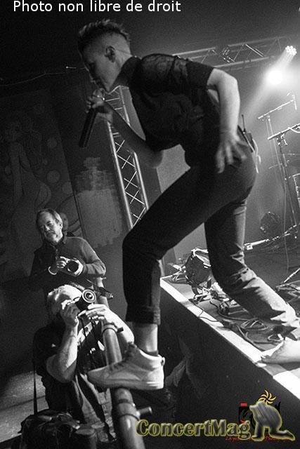 photo 15 - ALONE AND ME de l'electro rock acoustique addictif