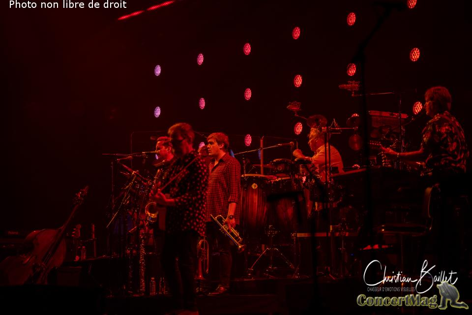 Christian Baillet Paris 2019 Mark Knopfler AccorHotels Arena 10 - Mark Knopfler en concert à Bercy, The Sultan Of Swing, l'un des derniers « guitare héros » !