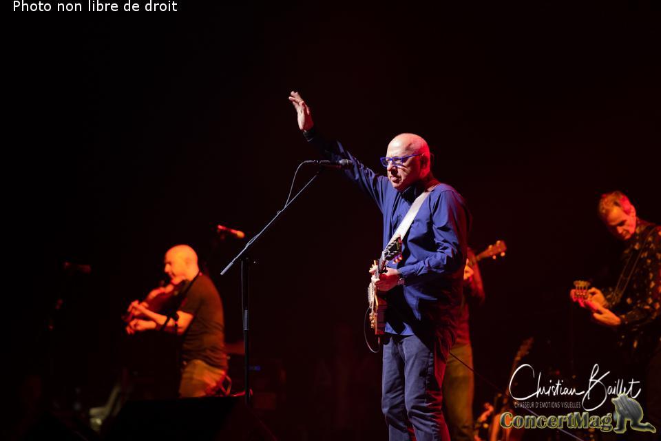 Christian Baillet Paris 2019 Mark Knopfler AccorHotels Arena 4 - Mark Knopfler en concert à Bercy, The Sultan Of Swing, l'un des derniers «guitare héros» !