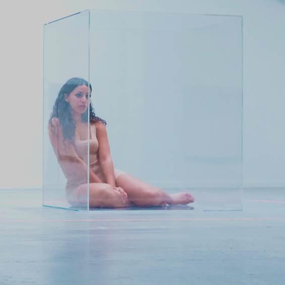 "thumbnail image004 - Saskia nous emmène à ""La mer"" (clip)"