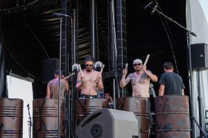 IMG 0163site 300x200 - Les Tambours du Bronx à Chouppes