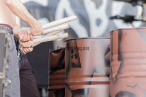IMG 0188site 300x200 - Les Tambours du Bronx à Chouppes