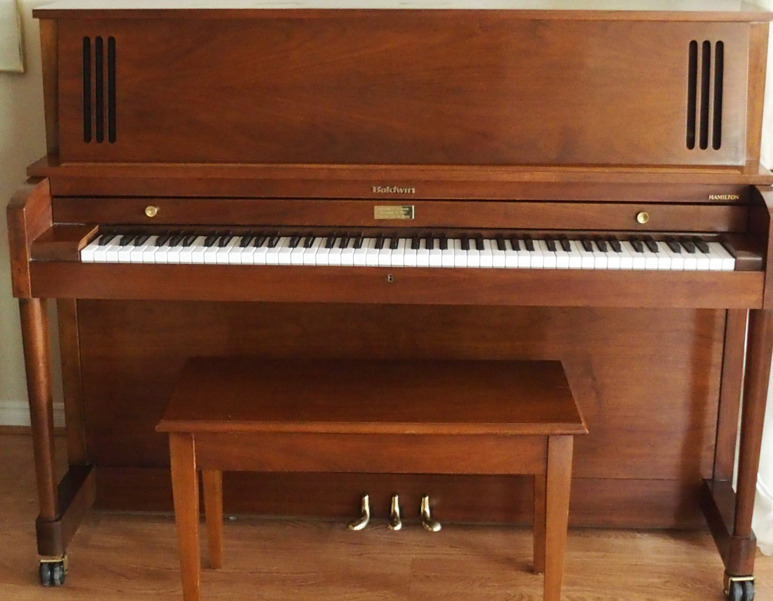 Baldwin Hamilton Model 243 Studio Upright Piano For Sale