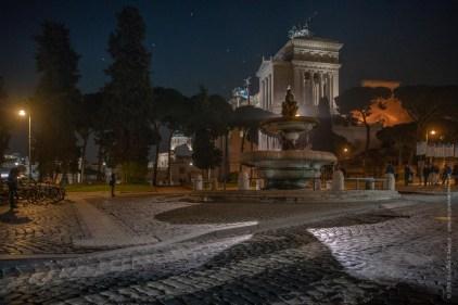 Notte all'altare della patria