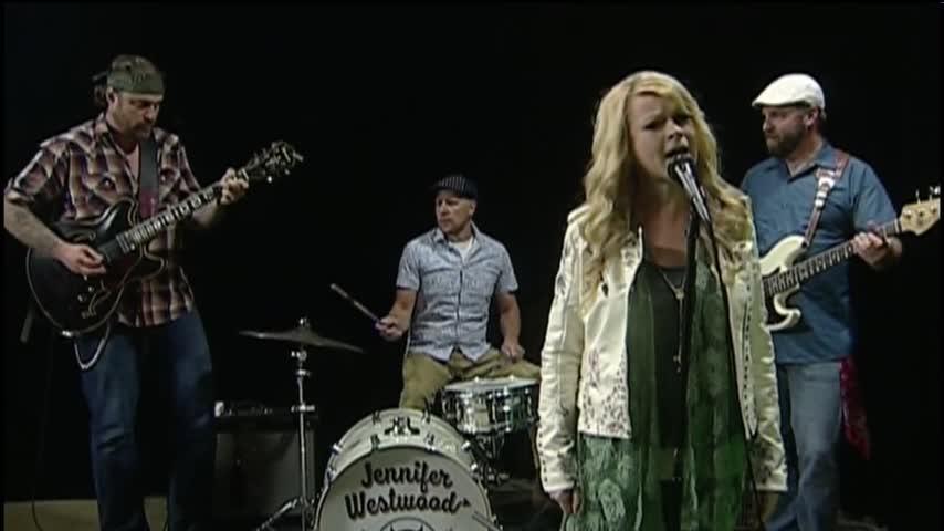 100617 Jennifer Westwood - the Handsome Devils- CV Live_44972986